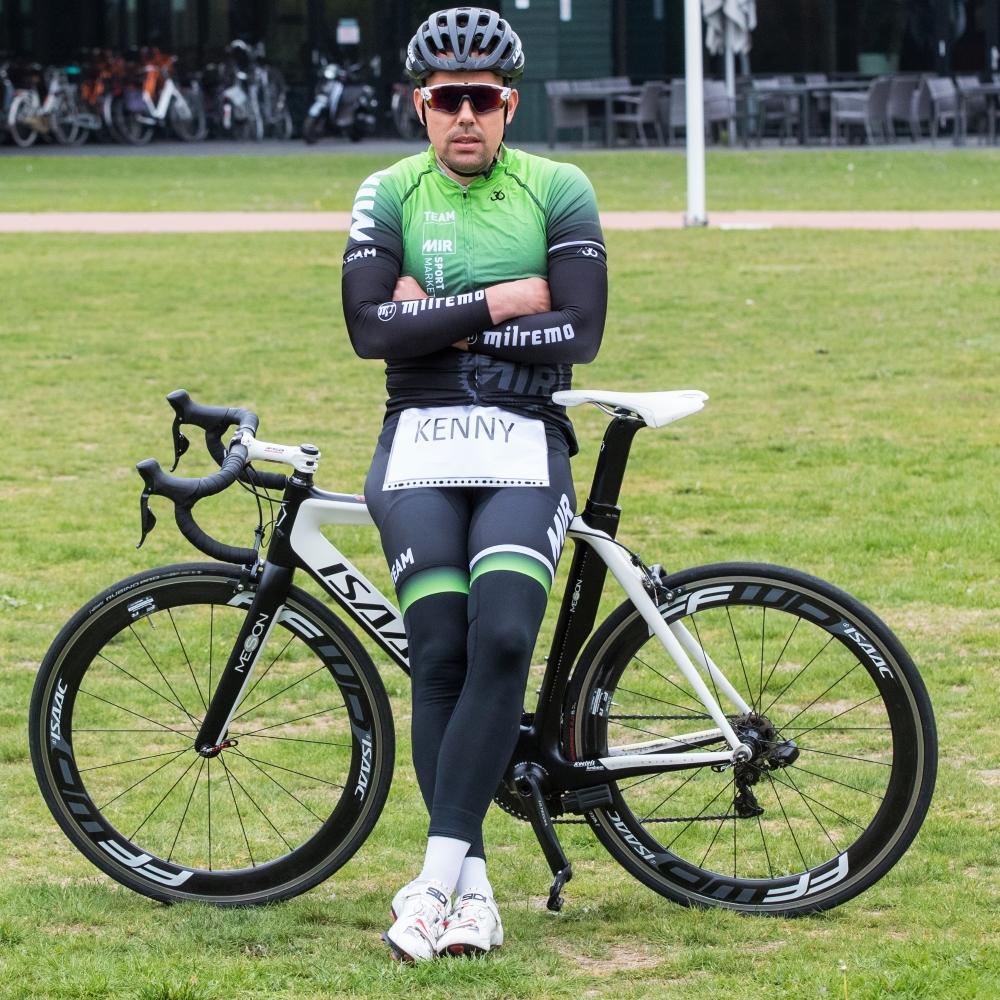 Kenny van Hummel - MIR Sportmarketing - In het wiel van een prof