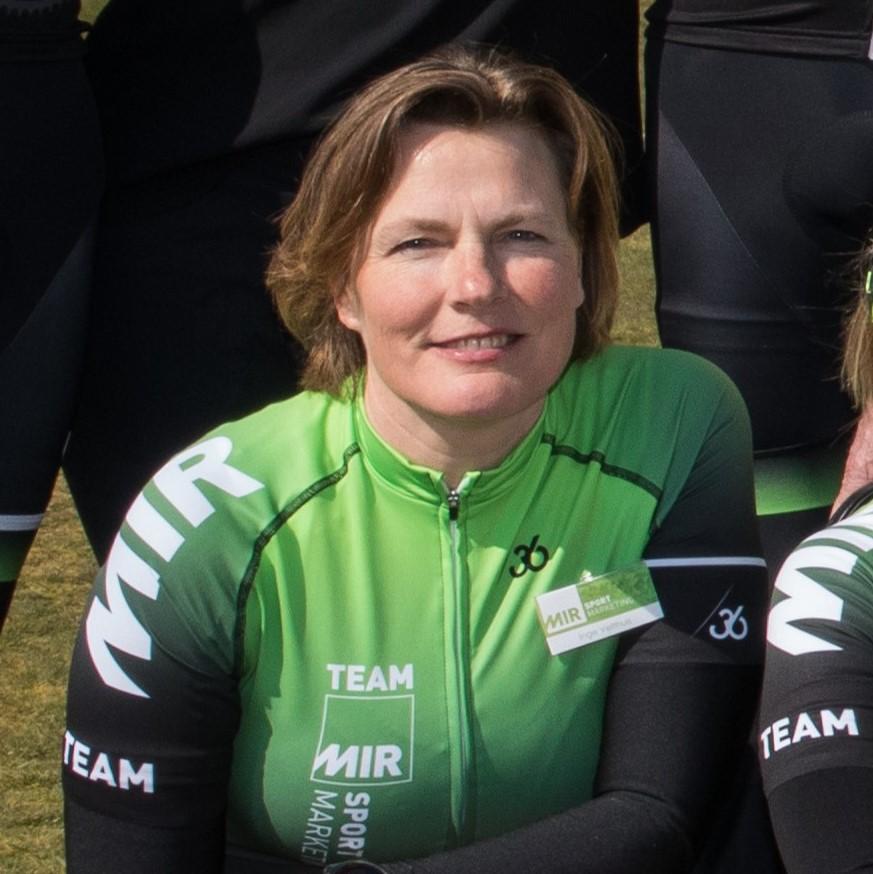 Inge Velthuis - MIR sportmarketing - In het wiel van een prof