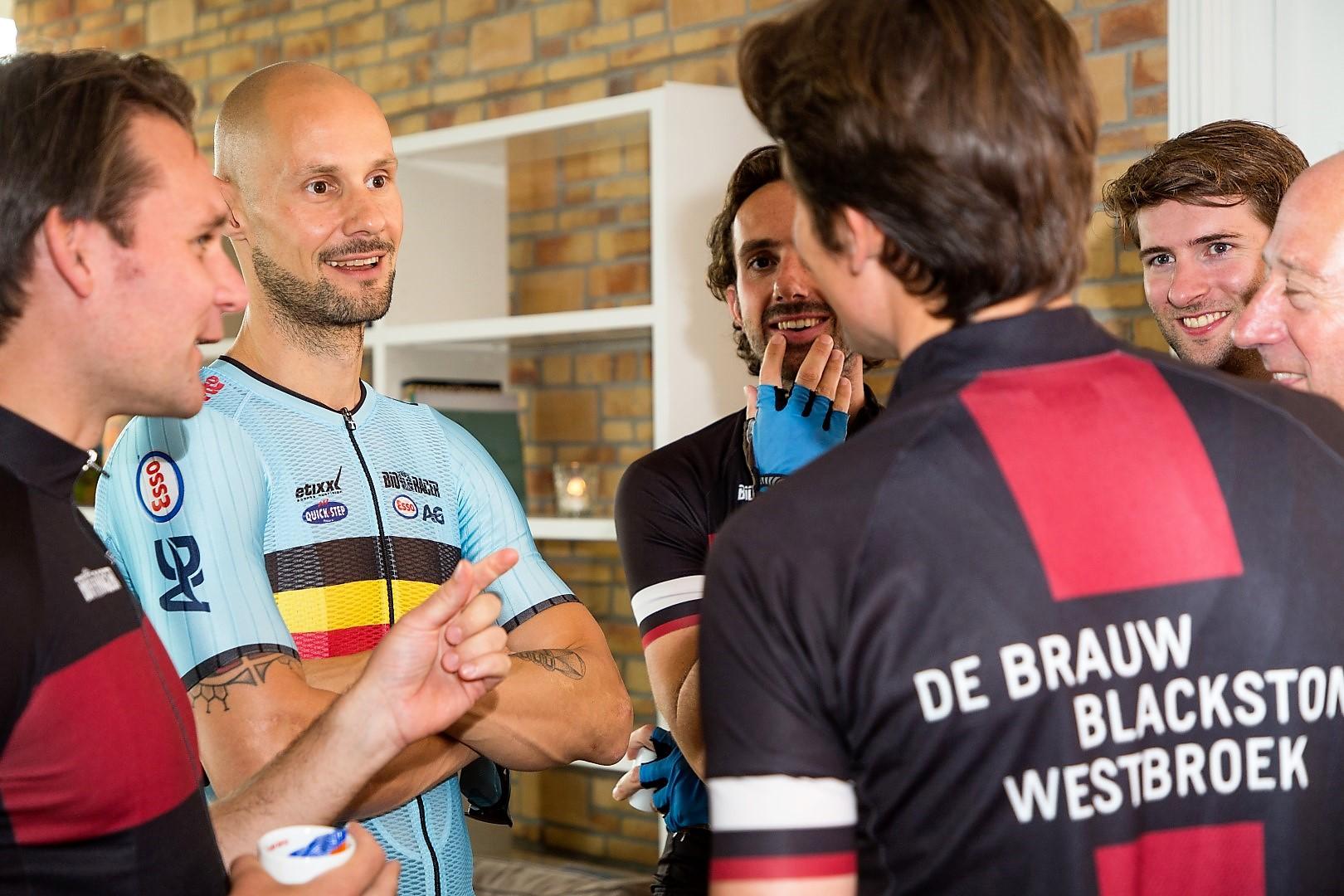 Tom_boonen_met_gasten_clinic